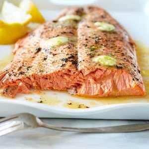 Great_grilled_side_of_salmon-0-l